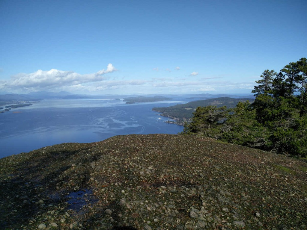 Mt Erskine via Juniper -Salt Spring Island Hike 18