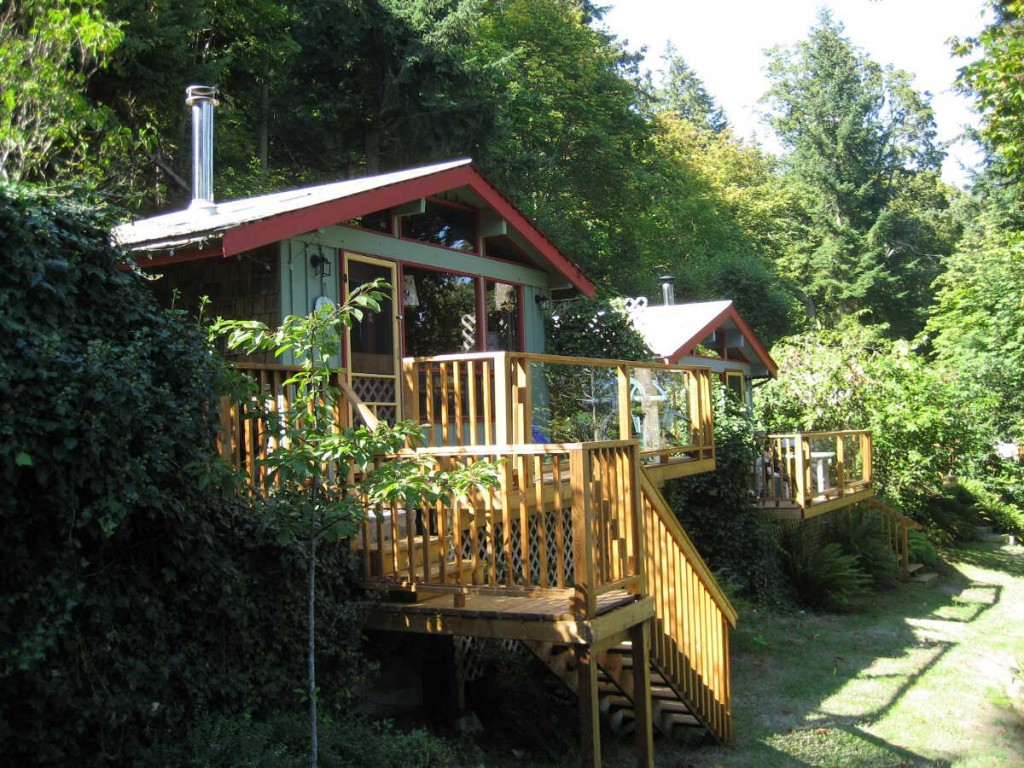 Salt Spring Island Accommodation - Maple Ridge 2