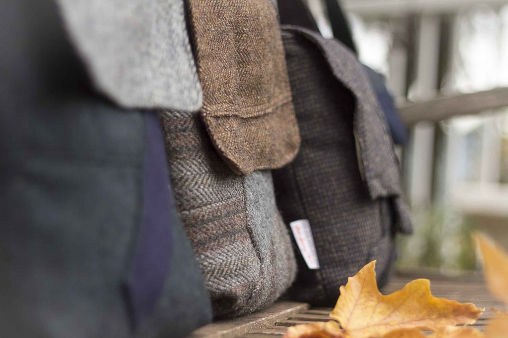 Salt Spring Tweed Tall Messenger line close up Low Res